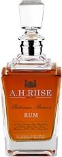 H. Riise Platinum Reserve 42% 0,7L