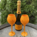 Veuve Clicqout Brut 0,75L mit 2 Champagnergläser aus Acryl